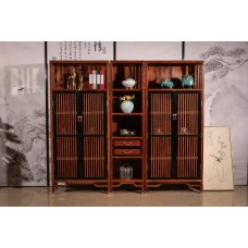 Red Wood Sitting Room Divider
